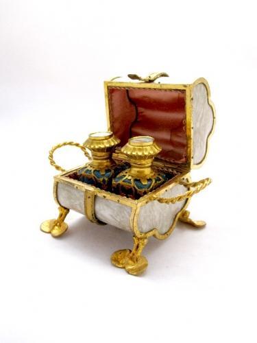 Palais Royal French Perfume Casket