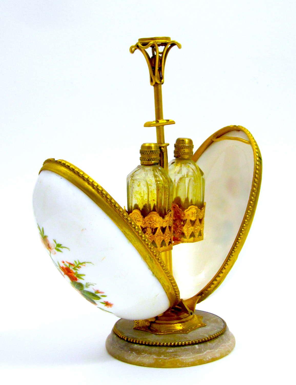 Palais Royal Opaline Glass Perfume Casket