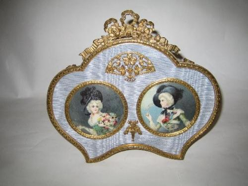Antique Minaitures Double Frame