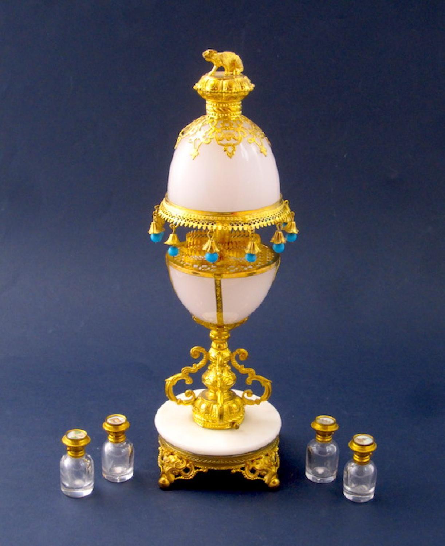 Amazing Palais Royal Opaline Perfume Set