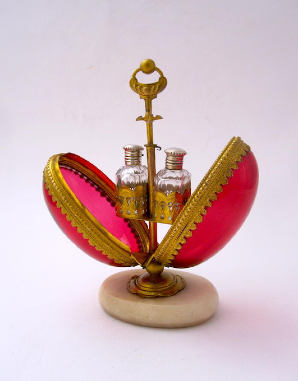Palais Royal Red Glass Perfume Scent Casket