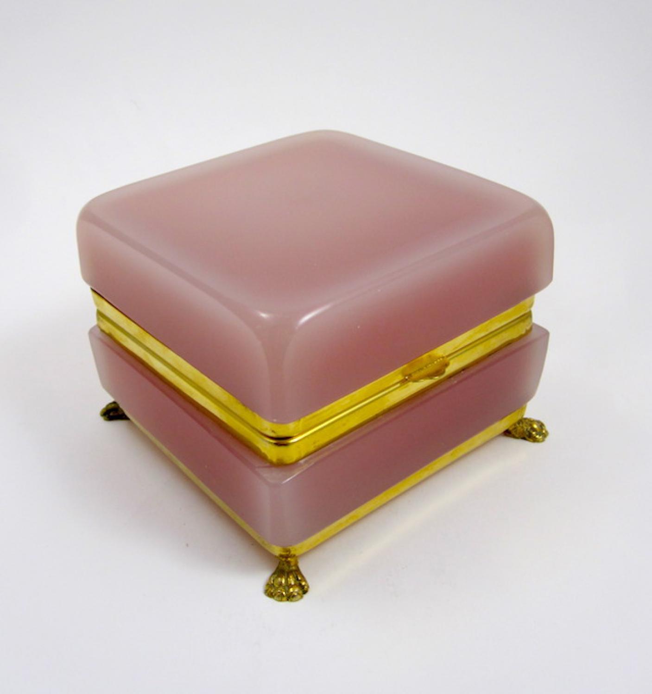 Murano Rose Pink Opaline Casket Box