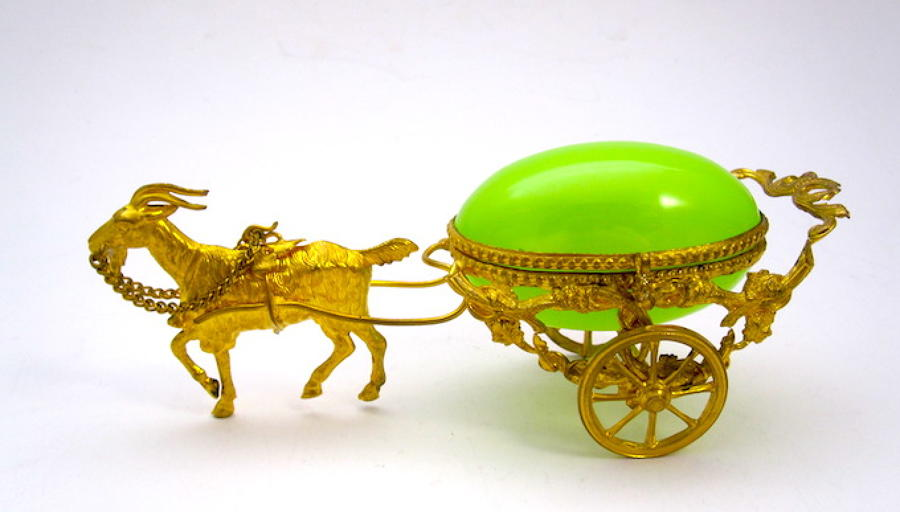 Palais Royal Opaline Glass Egg Carriage