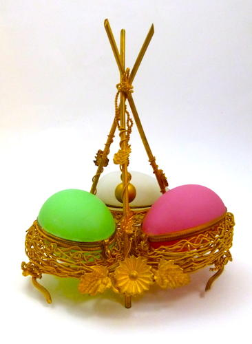 Palais Royal Opaline Triple Egg Wigwam