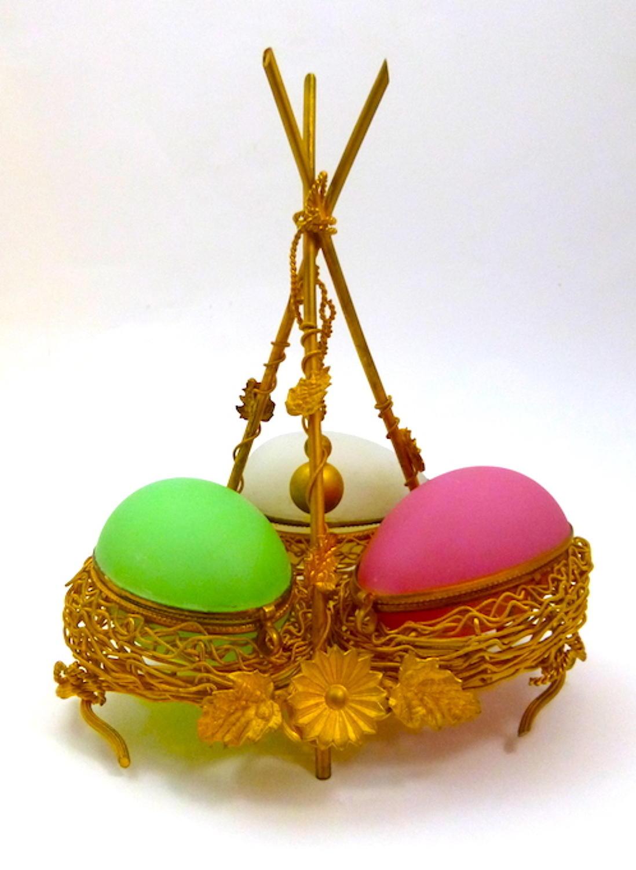 Palais Royal Opaline Triple Egg Wigwam