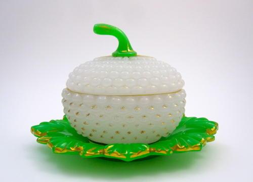 Large Antique Baccarat Opaline 'Ananas' Casket Box