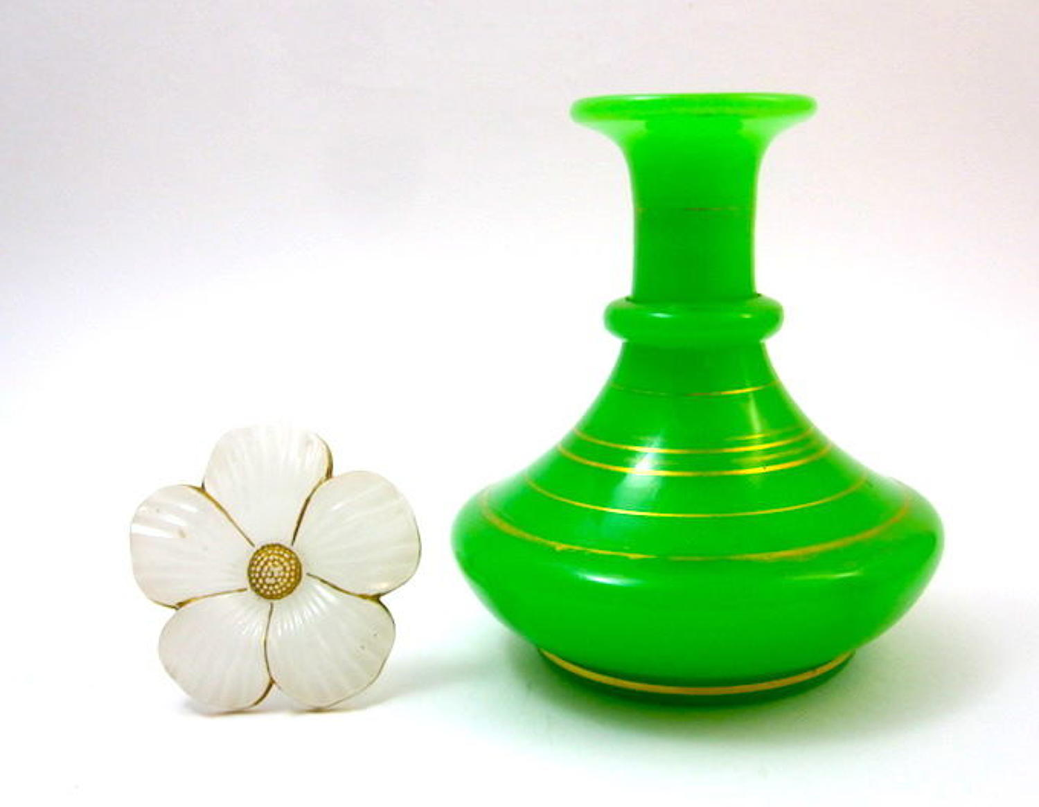 Large Antique Baccarat Green and White Opaline Glass 'Daisy' Perfume