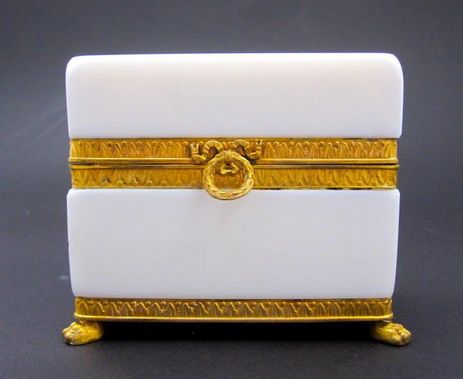 Antique French White 'Bulle de Savon' Opaline Casket Box