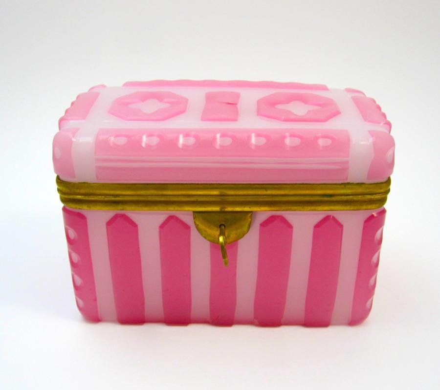 A Rare and Stunning Pink Opaline Glass' Barfatan' Casket Box