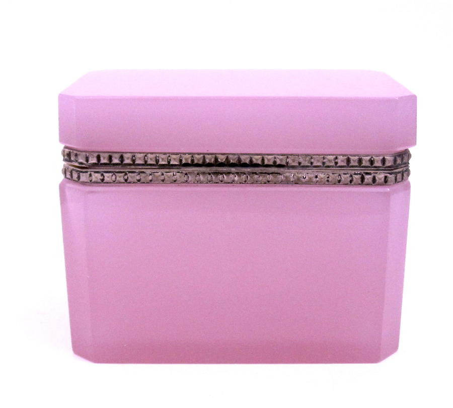 Antique Murano Pink 'Alexandrite' Glass Casket Box