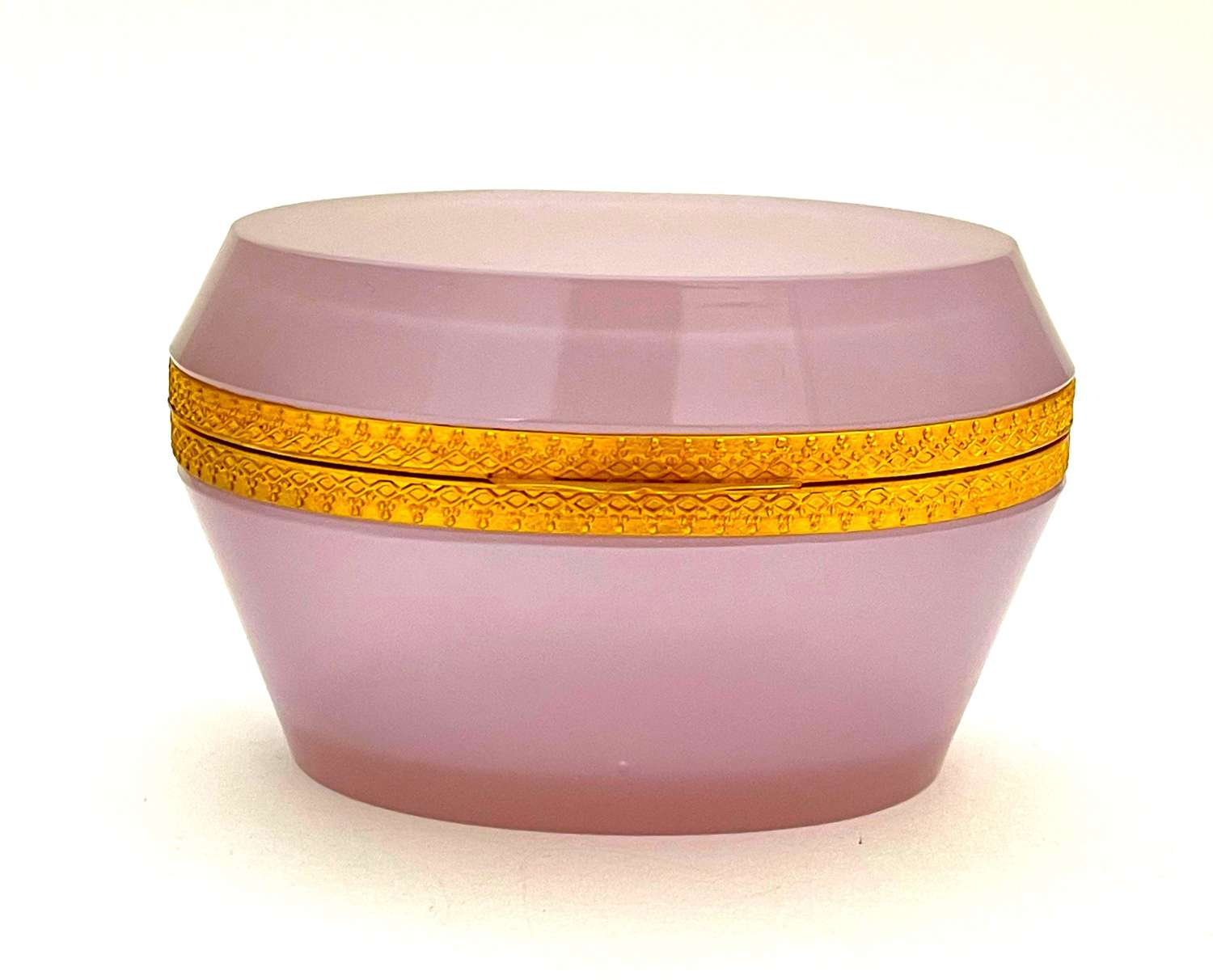 Antique Murano Oval Pink 'Alexandrite' Glass Casket Box