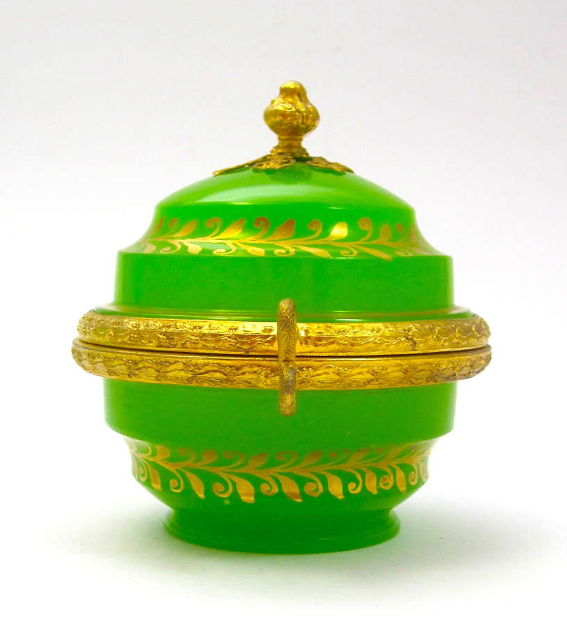 Exceptional Quality Palais Royal Green Opaline Glass Box