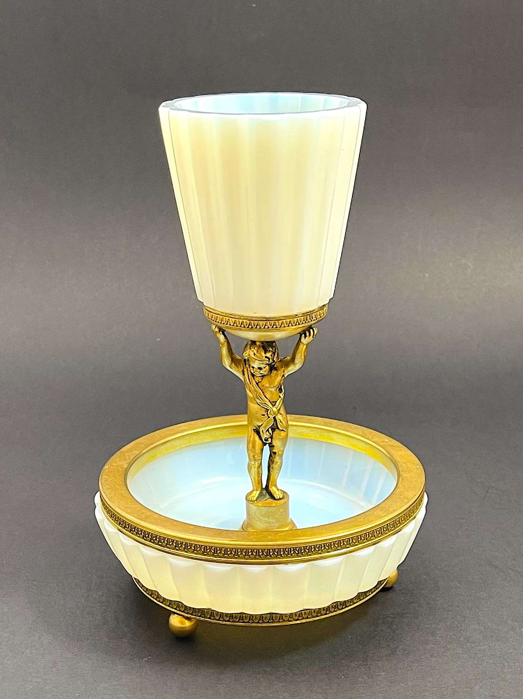 Antique White 'Bulle de Savon' Opaline Glass Centrepiece